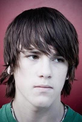 Dernières coupe de cheveux populaires pour les jeunes 2010