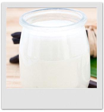 Yoghourt de douche ultra doux à la noix de coco : recettes de cosmétiques naturels maison avec MaCosmetoPerso