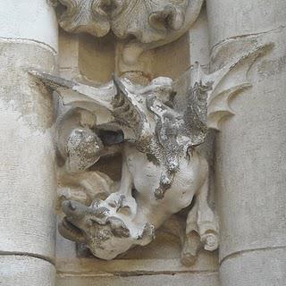 La cathédrale de Séville: Réflexions, détails et décorations