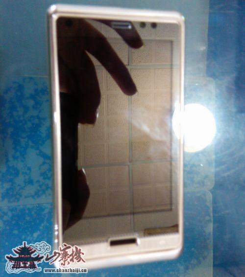 OPPO Android智能手机谍照发布 不低1500元