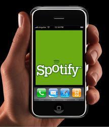 Spotify gère le multitâche sur iPhone...