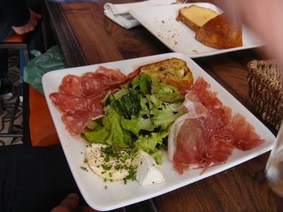 20100530 Le Vin%28gt%29 deux Brunch 03 charcuterie fromages Brunch au Vin(gt) deux, rue Desnouettes (ChrisoScope)