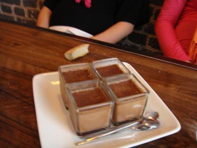 20100530 Le Vin%28gt%29 deux Brunch 04 pots creme chocolat Brunch au Vin(gt) deux, rue Desnouettes (ChrisoScope)