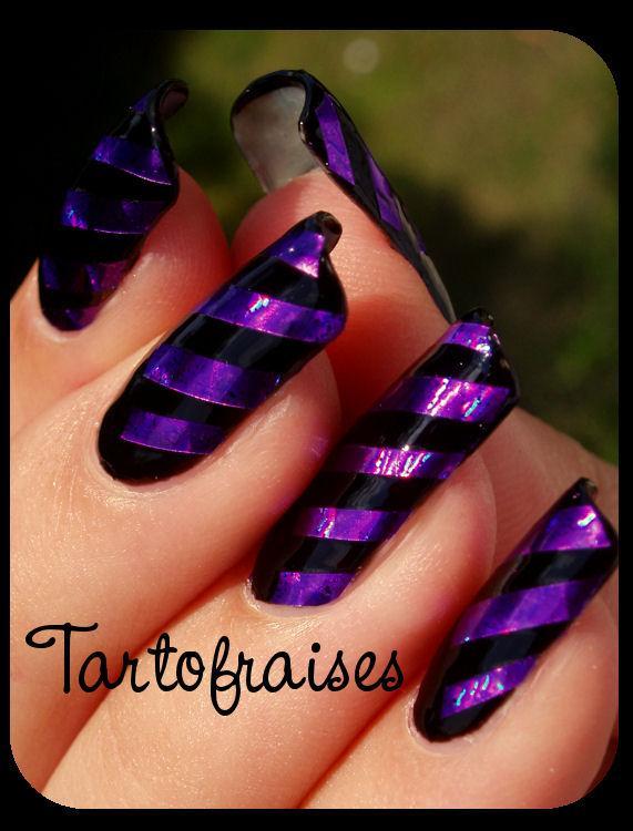 http://tartofraises.nailblogs.net/nailart/rayures/lm_noir%20021.JPG