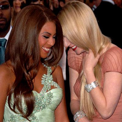 http://www.beyoncefan.com/wordpress/wp-content/uploads/2009/10/Gwyneth-Paltrow-Beyonce.jpg