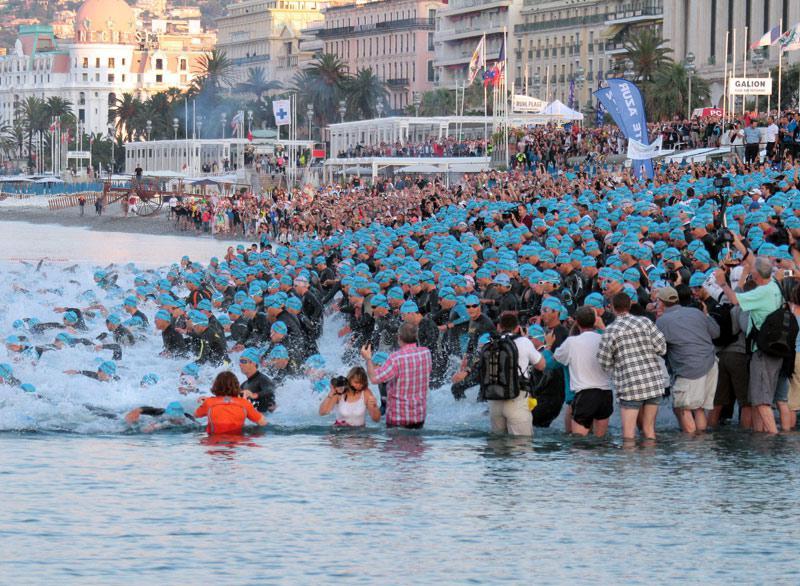 Ils étaient 2.500 triathlètes à se donner rendez-vous dimanche 27 juin sur la Promenade des Anglais à Nice à l'occasion du 6e Ironman France. L'épreuve fut intense : 3,8 km de natation, 180 km de vélo et 42 km de course à pied.