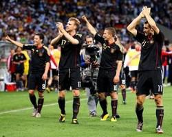 Quarts de finale : victoire de l'Allemagne 4 buts à 0 contre l'Argentine, la Mannschaft qualifiée pour les demi-finales
