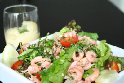 Blog de mes-envies :Mes envies, Salade de crevettes, avocat et tomate