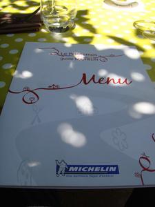 20100524 sous les micocouliers 0 menu Sous les Micocouliers, Eygalières (ChrisoScope)