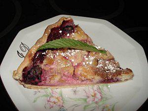 La-tarte-a-la-rhubarbe-et-aux-mures-4.jpg