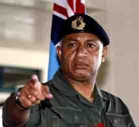 ps-fidji-fidjian-press-dictat-commodore-frank-bainimarama-ps76-blog76