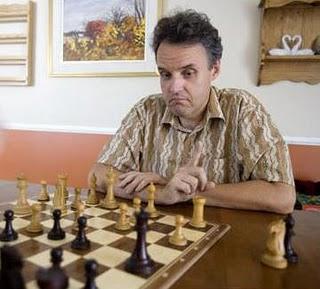 Progressez aux échecs avec Jean Hébert !