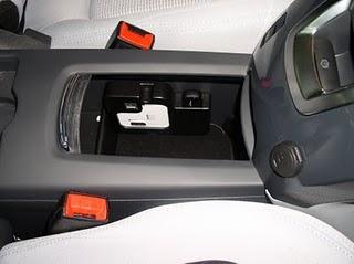 peugeot propose le wi fi et internet ses voitures paperblog. Black Bedroom Furniture Sets. Home Design Ideas