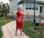 vidéo bébé ninja cerceau