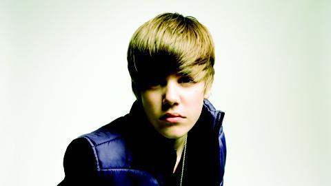 Justin Bieber ... En couple ou pas