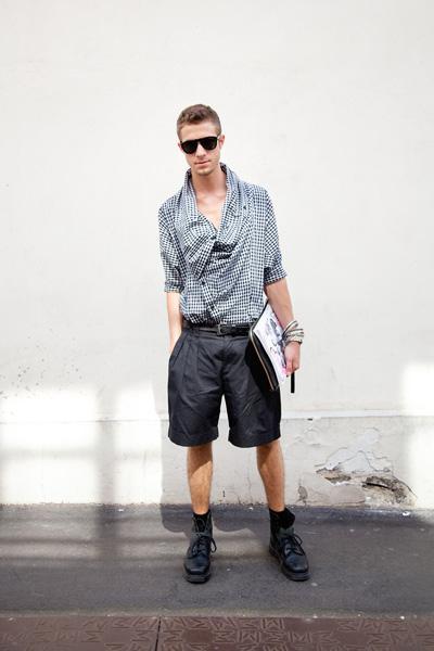 ... - Fashion editor
