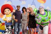 Virginie Guillaume, Stephanie et Dave de la Nouvelle Star 2010 à l'Avant-première de Toy Story 3 à Disneyland Paris