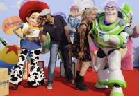Dave et Stephanie de la Nouvelle Star 2010 à l'Avant-première de Toy Story 3 à Disneyland Paris