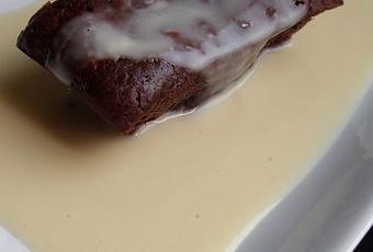 fondant au chocolat lait concentr sucr et sa cr me anglaise express au micro ondes paperblog. Black Bedroom Furniture Sets. Home Design Ideas
