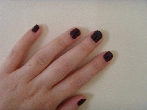 Vernis ongles rouge noir de chanel d couvrir - Vernis a ongle noir ...