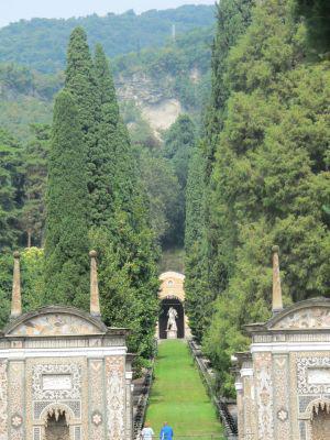 Et un palace de plus hors du coup c t jardin la villa d for Jardin villa d este