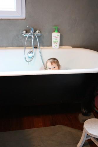 pour faire trempette dans la baignoire tigex lire. Black Bedroom Furniture Sets. Home Design Ideas