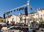 Préparatifs concert Jacques Higelin Monpazier