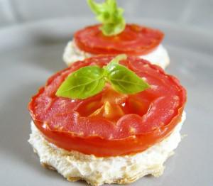 Ap ritif des id es d amuse bouche croque ch vre tomate et basilic lire - Idee amuse bouche apero ...