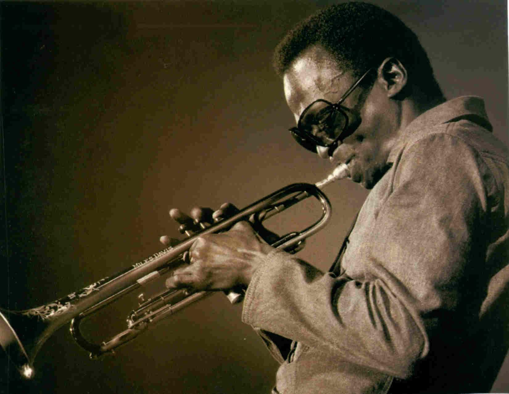 Miles Davis - Wikipedia