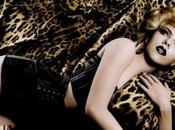 Scarlett Johansson ultra glam pour nouvelle campagne Dolce Gabbana