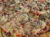 Pizza moutarde, aubergine, tomates merguez pizza pique!