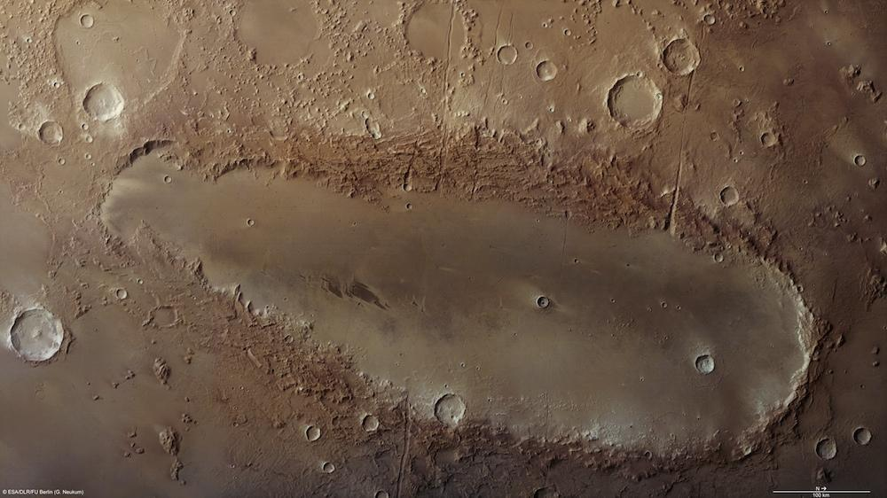 http://media.paperblog.fr/i/357/3576649/etrange-cratere-surface-mars-L-1.jpeg