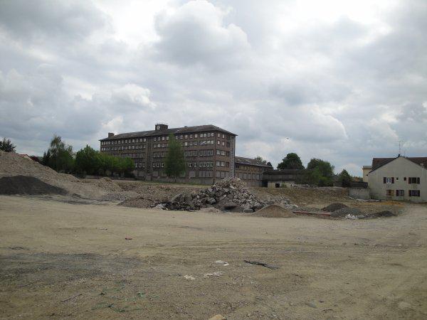 Destruction du Centre de Guénange en cours de l'année 2010.