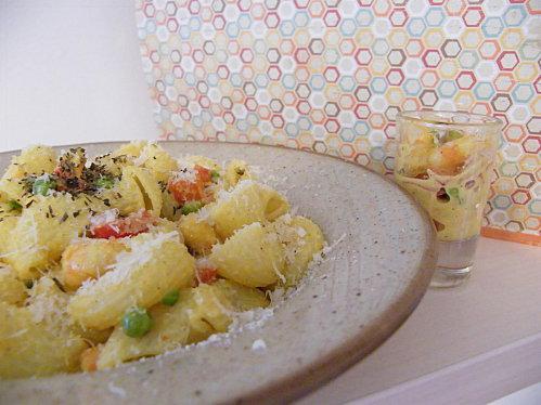p 226 tes aux crevettes poivron et petits pois au curry 192 d 233 couvrir