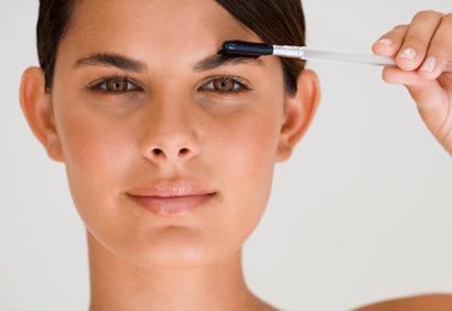 3 m thodes tester pour retrouver des sourcils pais et fournis d couvrir - Les sourcils parfaits pour votre visage ...