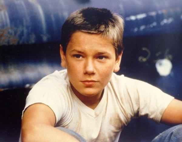 stand by me rob reiner essay A complete summary and analysis of the film stand by me by rob reiner.