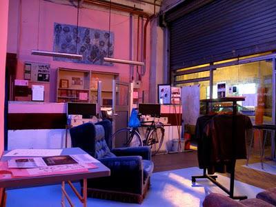 loft hangar 650m2 paris 10e lieu industriel dominante festive voir. Black Bedroom Furniture Sets. Home Design Ideas