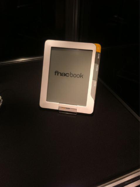 Exclu : Voici le FnacBook, le Kindle à la française