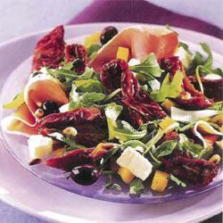salade italienne aux tomates s ch es paperblog. Black Bedroom Furniture Sets. Home Design Ideas