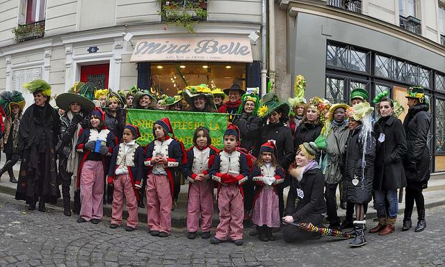 Catherinettes de Montmartre 2010 - Mira Belle (8878-80)