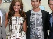 Jonas Brothers recherche d'un jeune talent