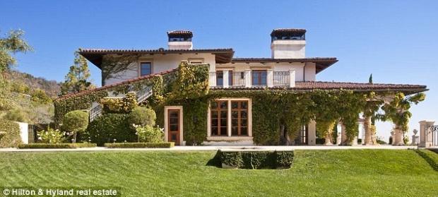 heidi klum et sa maison 13 millions de dollars voir. Black Bedroom Furniture Sets. Home Design Ideas