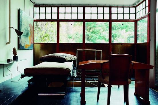 la maison du jeudi la maison de verre de pierre chareau d couvrir. Black Bedroom Furniture Sets. Home Design Ideas