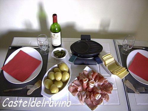petite raclette pour 2 paperblog. Black Bedroom Furniture Sets. Home Design Ideas