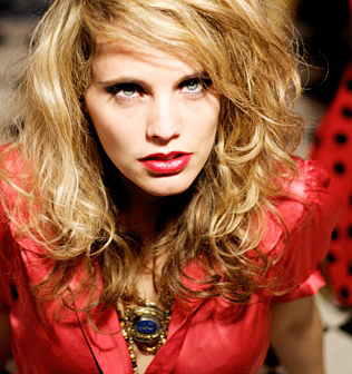 Anna Calvi: Desire