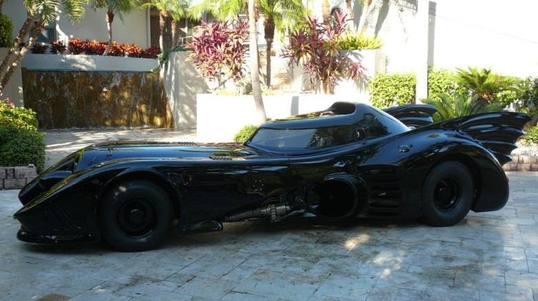 batmobile vendre sur ebay d couvrir. Black Bedroom Furniture Sets. Home Design Ideas