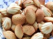 Petites madeleines Christophe Michalak brochettes fruits coulis chocolat