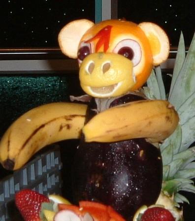 Petit singe aux fruits paperblog - Petit singe rigolo ...