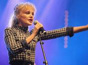 Arielle Dombasle elle enregistrer avec rappeur