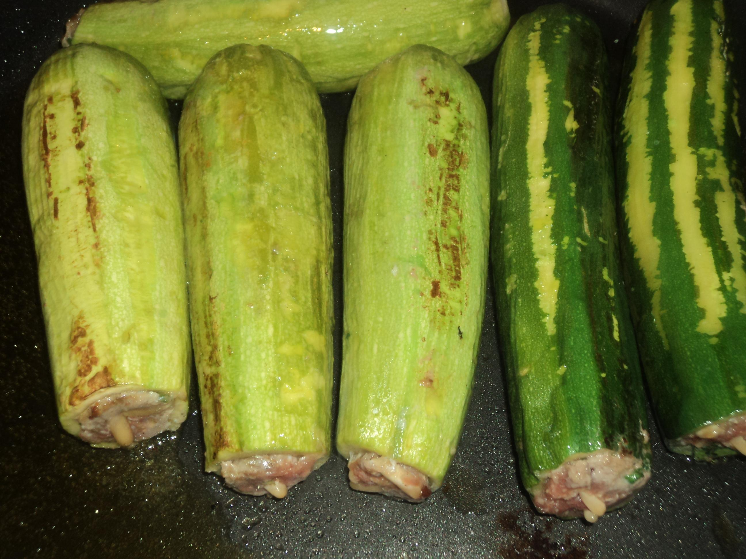 Courgettes farcies la viande hach e avec riz au vermicelles paperblog - Absorber l humidite avec du riz ...